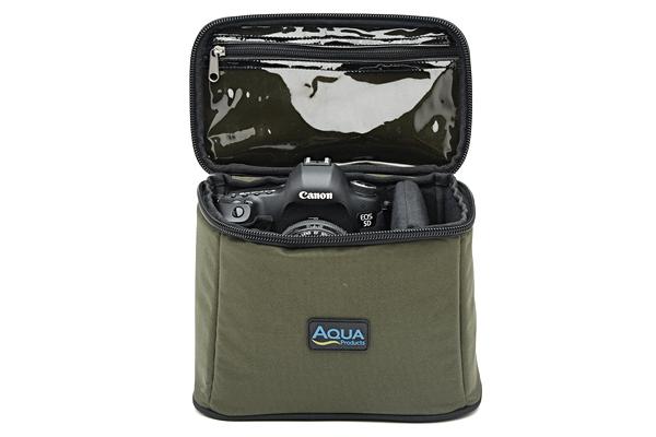 AQUA Univerzálny obal - Roving Gadget Bag Black Series